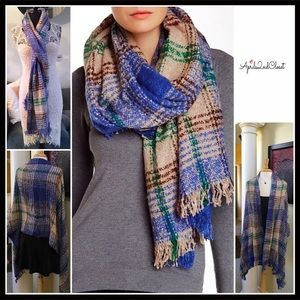 DAVID & YOUNG PLAID WRAP SCARF